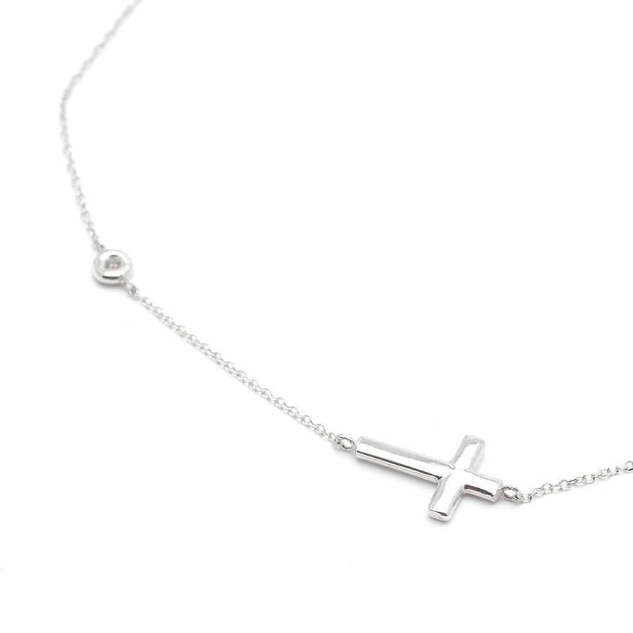 3edce8487aff Gargantilla Oro Blanco Mujer Círculo Diamante Cruz