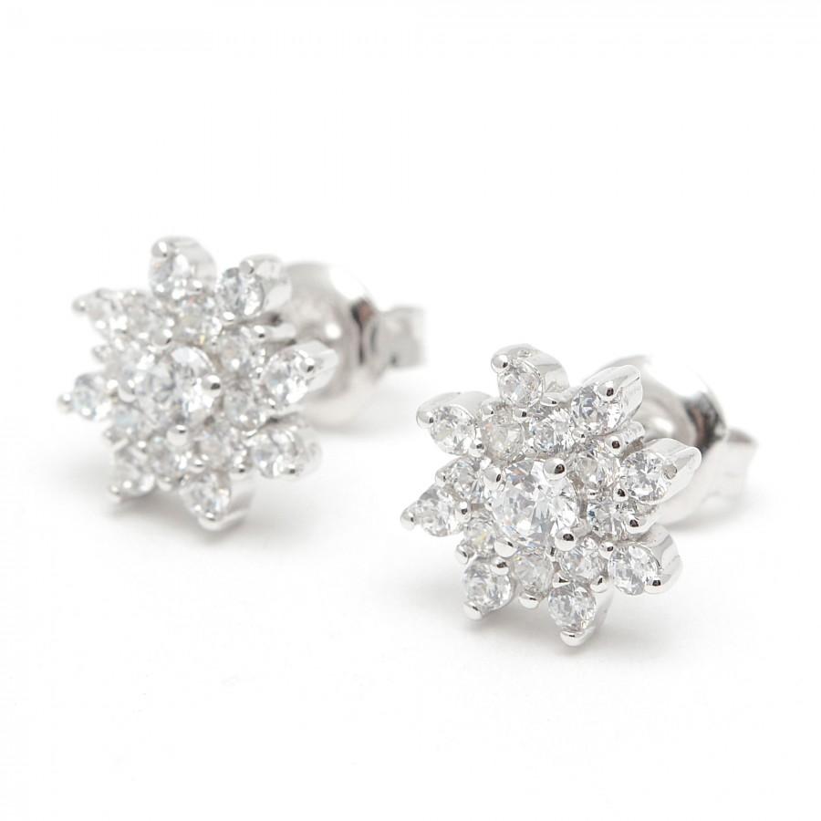 93c7d874151b Pendientes de plata de rosetón redondo con circonitas