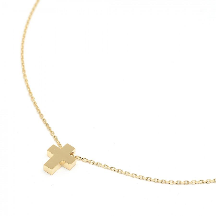 Gargantilla de oro con cruz pequeña lisa